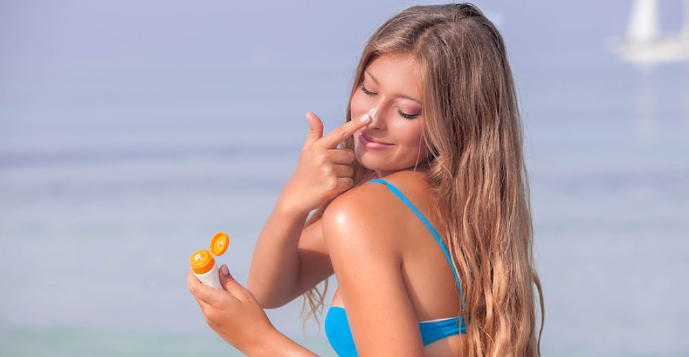 Sunscreen with a good bronzing agent will add to the great look of your thong bikini